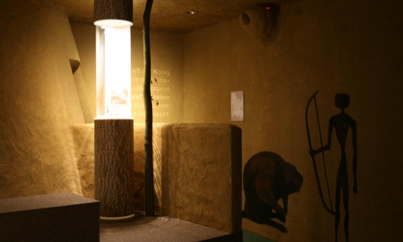 Biberhaus Höhlenmalerei